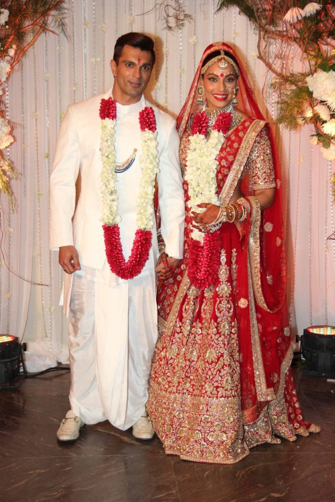 Marriage of Bipasha Basu & Karan Singh Grover in a Bengali Wedding style
