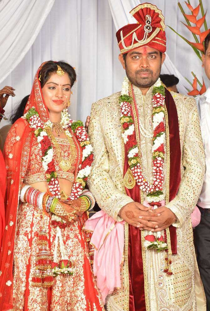 Dipika Singh Got married in Mumbai on 2014 to Rohit Raaj Goyal
